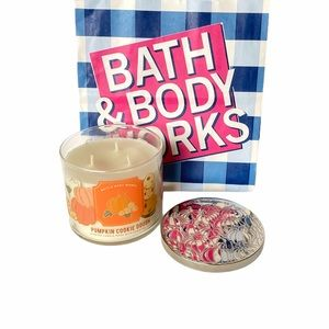 Bath Body Works Pumpkin Cookie Dough 3 wick Candle
